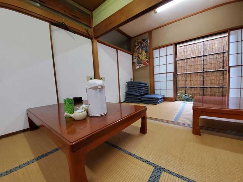 くつろげる畳みの和室
