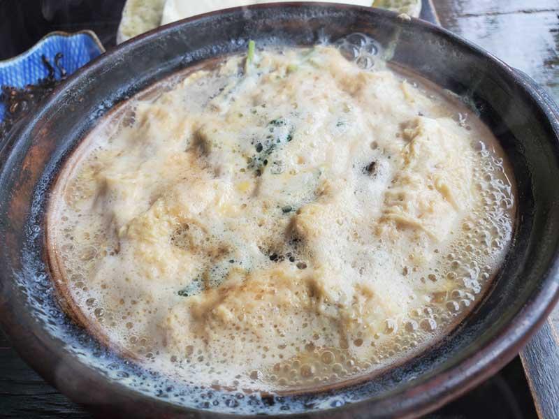 熱々の湯葉丼の具