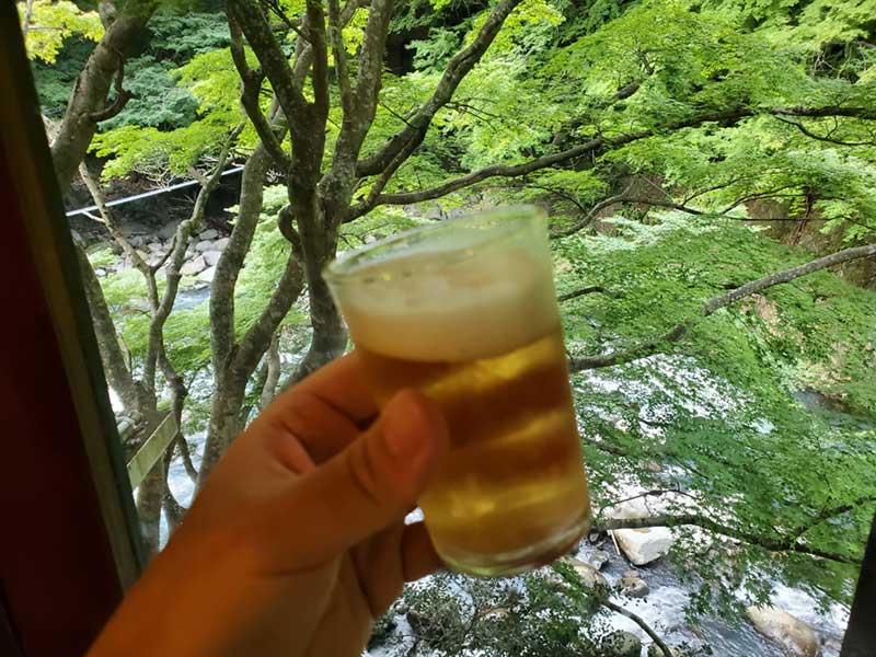 サンルーム広縁で風呂上がりのビール