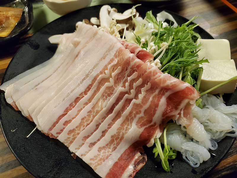 豚肉のしゃぶしゃぶ鍋